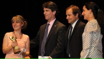 La Dra. Jorgelina Altamirano fue premiada como joven destacada 2012
