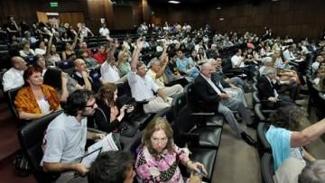 La Asamblea de la UNCUYO aprobó por unanimidad la elección directa de rector y decanos