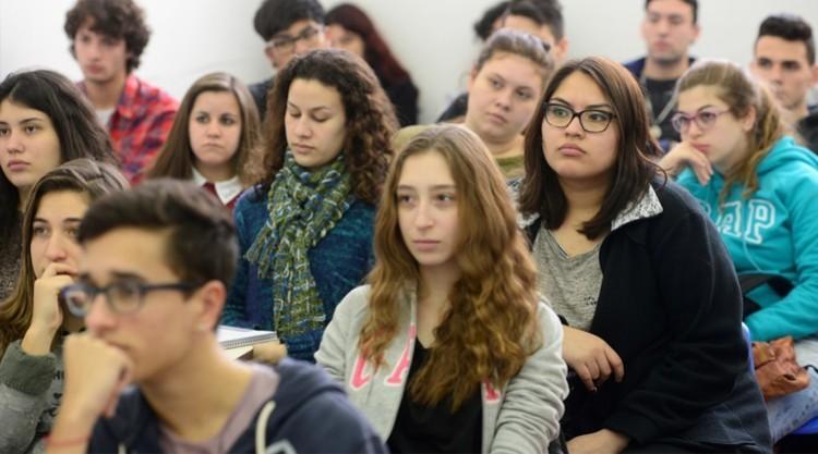 Convocatoria a alumnos para Becas de Prestación de Servicios en Sedes Valle de Uco y San Martín