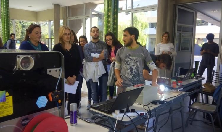 Docentes de la FCEN expusieron productos elaborados en taller de ciencia abierta organizado por la FCA