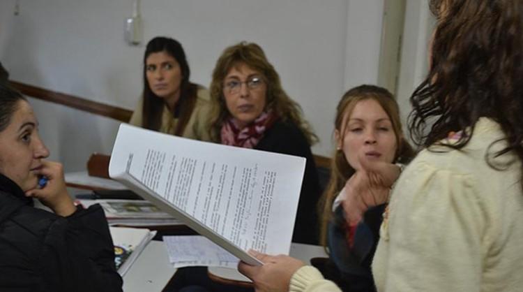 Llamados a concursos para cubrir cargos docentes