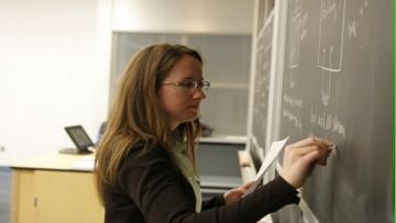 Llamado a convocatoria para cubrir un (1) cargo de Profesor Adjunto, con Dedicación Simple, en el Área de Matemática