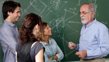Llamado a concurso para cubrir cargo docente área: Matemática