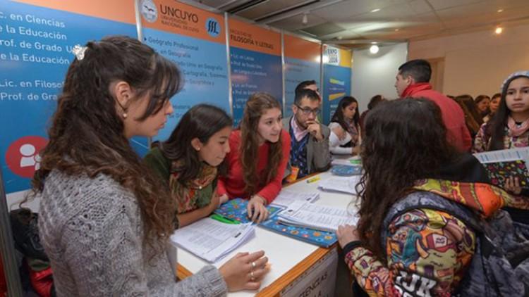 Convocatoria para estudiantes informadores vocacionales Expoeducativa 2017