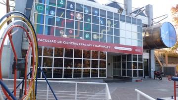 Defensa de seminarios de investigación de Juan Andrés Hofer y de Juan Franco Schiavone