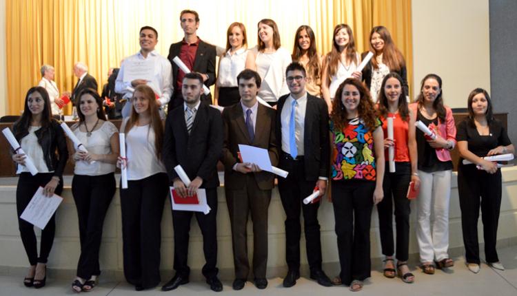 Se realizó la VIII Colación de Grado de la Facultad