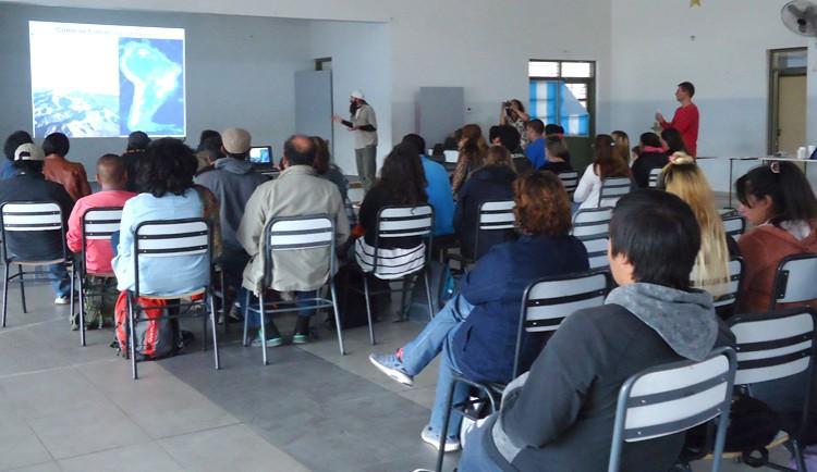 El laboratorio de Paleoecología Humana junto a investigadores de la UBA organizaron la charla ¿Cómo se formó el paisaje en Uspallata?