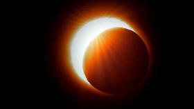 Diario UNO: Eclipse solar: una experta explicó que no habrá un fenómeno igual hasta dentro de 360 años