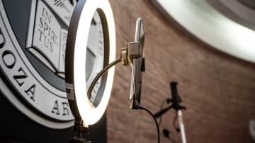 UNCuyo REC: facultades e institutos de la Universidad reciben herramientas para producción audiovisual